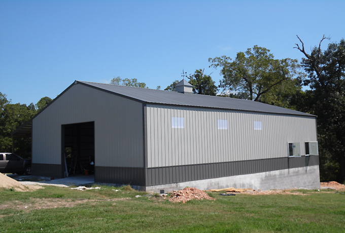 Long 40 x 60 x 14 Steel Truss shop building. AMKO metal buildings